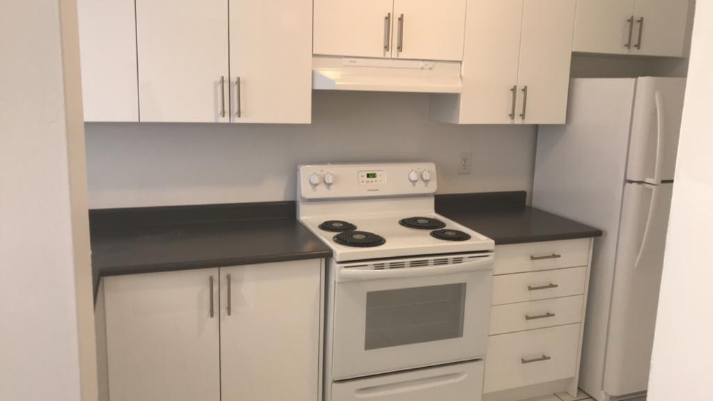 Pleasantview Kitchen with Oven Appliance